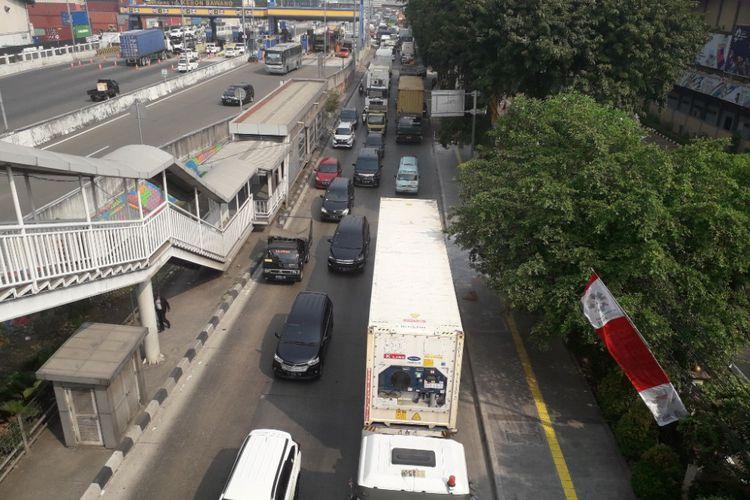 Photo of Kemacetan di Tanjung Priok yang Menjalar…