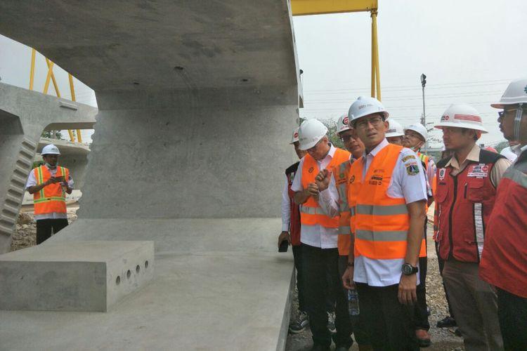 Photo of Sandiaga Tinjau Proyek Tol Dalam Kota Ruas Kelapa Gading-Pulogebang