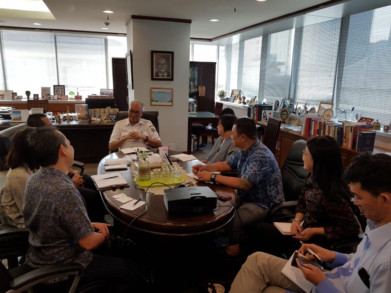 Photo of Diskusi dengan C40, ICLEI dan Sekretariat Jakarta Berketahanan terkait Kerjasama dengan Pemprov.DKI Jakarta dalam Mengatasi Permasalahan Perubahan Iklim Global