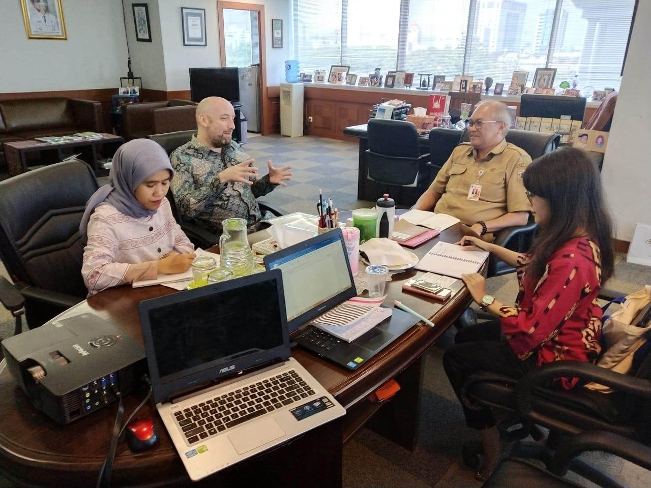 Photo of Pertemuan dengan Deputi Ekonomi dan Kemakmuran (Deputy Head of Economics and Prosperity) British Embassy Jakarta