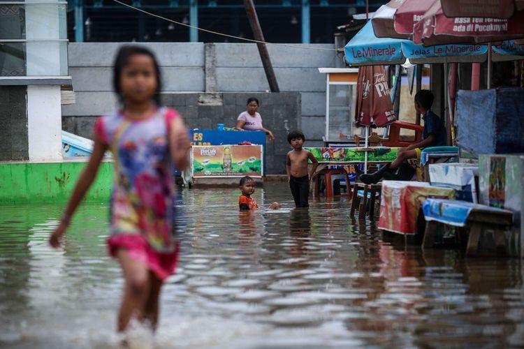 Photo of Pintu Air Pasar Ikan Jakarta Utara Kembali Siaga Dua