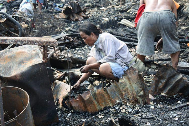 Photo of 340 Orang Mengungsi akibat Kebakaran di Kalideres